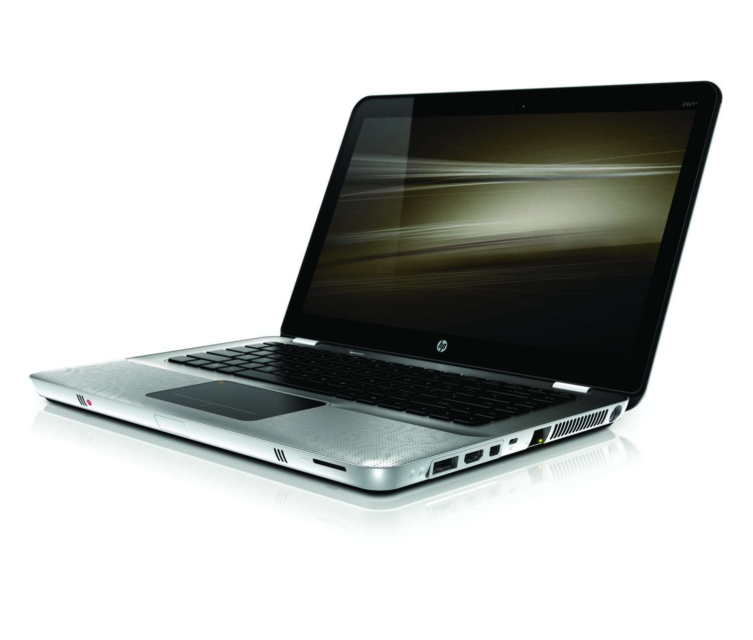 HP Envy 14, front left on white
