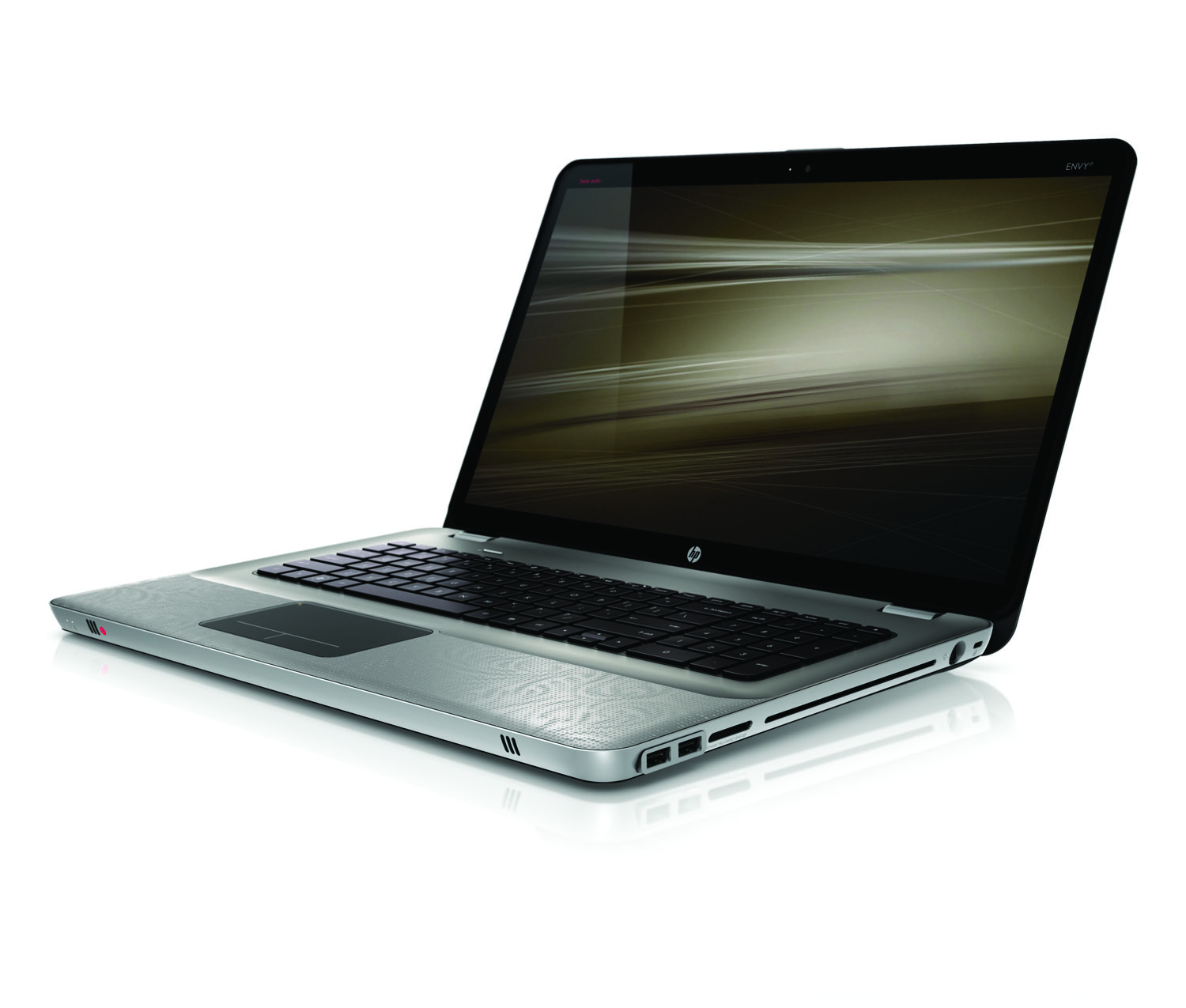 HP Envy 17, front left open on white
