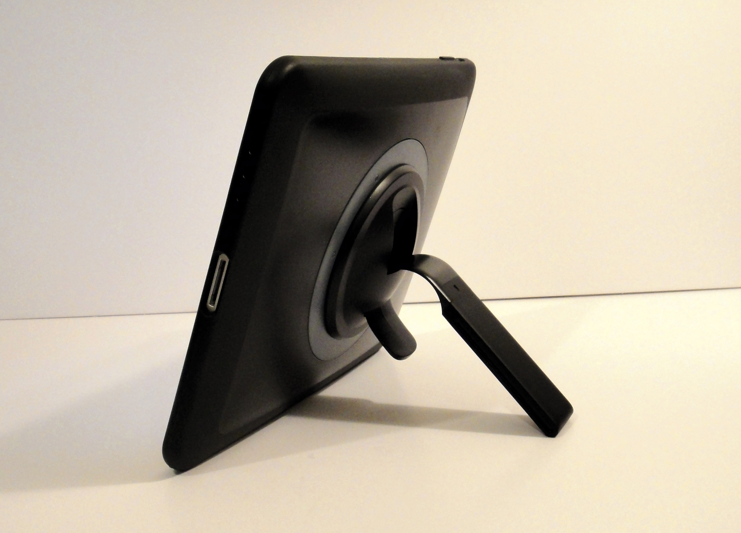 Belkin Grip 360 iPad Case - 10