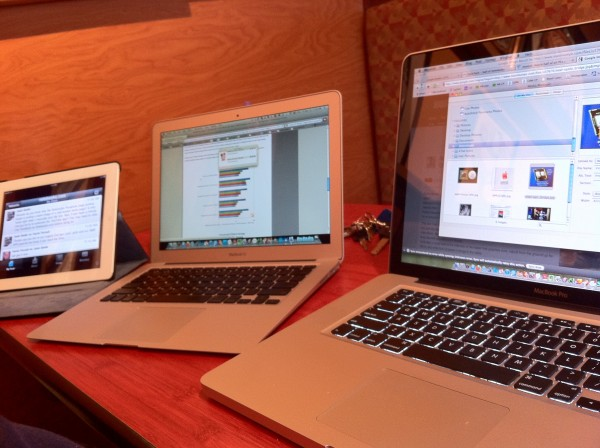 MacBook Pro, MacBook Air and iPad 2