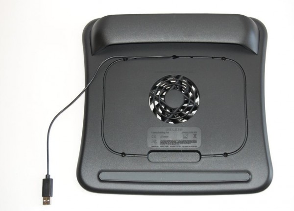 Belkin Cooling Pad Review - 3