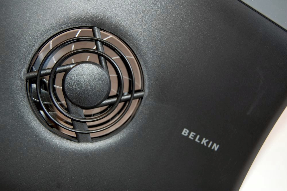 Belkin Cooling Pad Review - 6