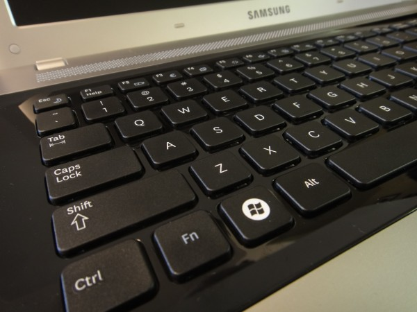 Samsung RV511 Keyboard