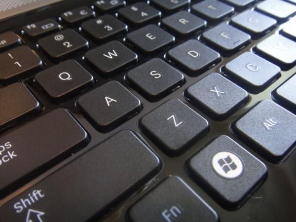 Samsung RV511 Review - Keyboard