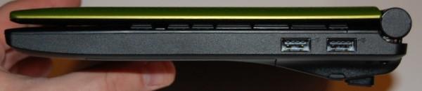 Toshiba NB505 Ports - Right
