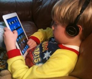 iPad 2 and Kindergartener