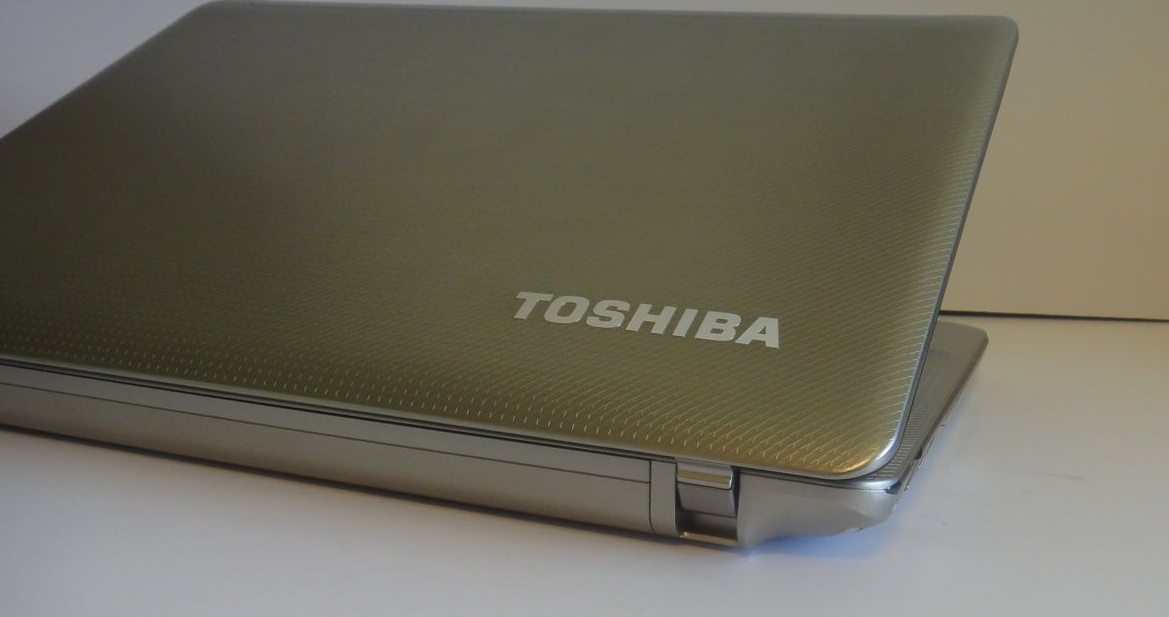 Toshiba Satellite E305 Review