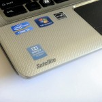 Toshiba Satellite E305 Review - Palmrest