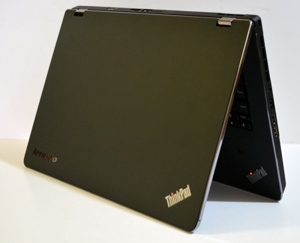 ThinkPad Edge E420s Half Open