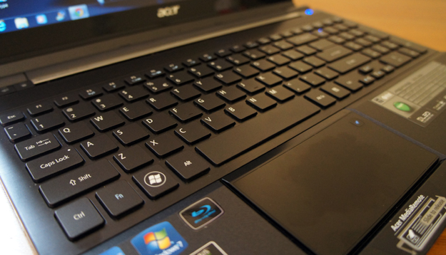 Acer Aspire Ethos - keyboard and touchpad