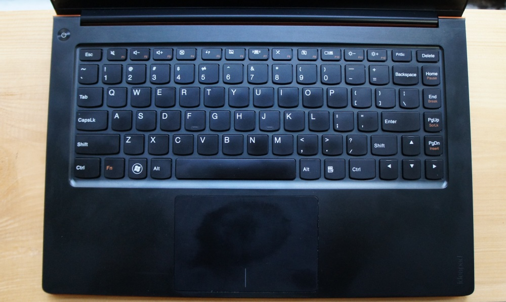 Lenovo IdeaPad U300s - Keyboard