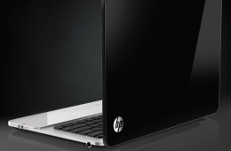 HP Envy SPectre 14 back angle