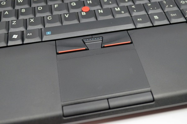 ThinkPad T420s Review Touchpad