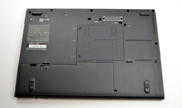 ThinkPad T420s Review bottom