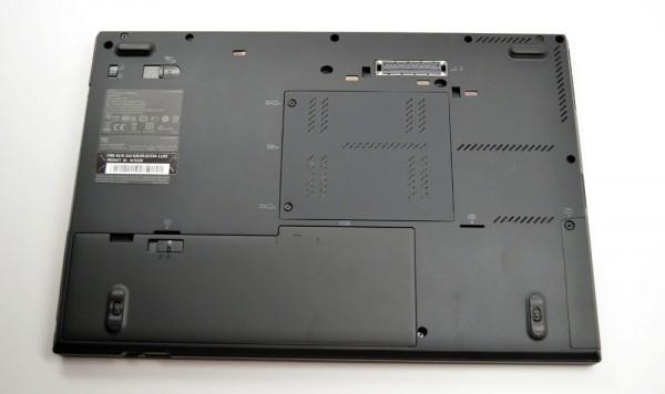ThinkPad T420s Review bottom