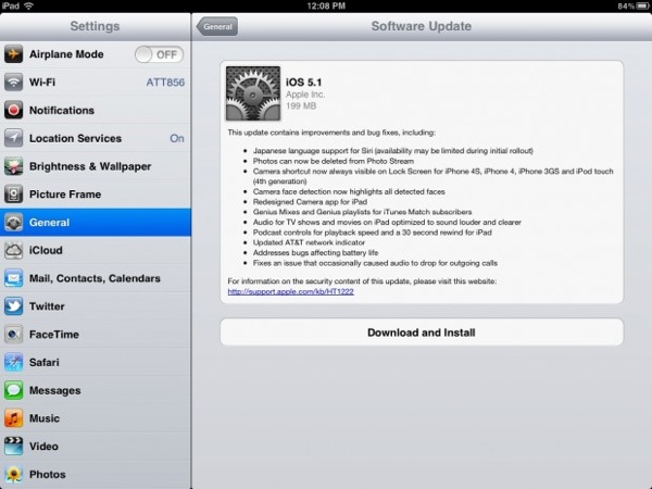 iOS 5.1 Update Screen on iPad 2