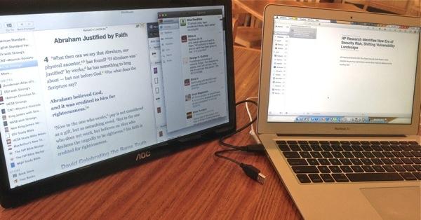 AOC e1649Fwu portable usb powered monitor