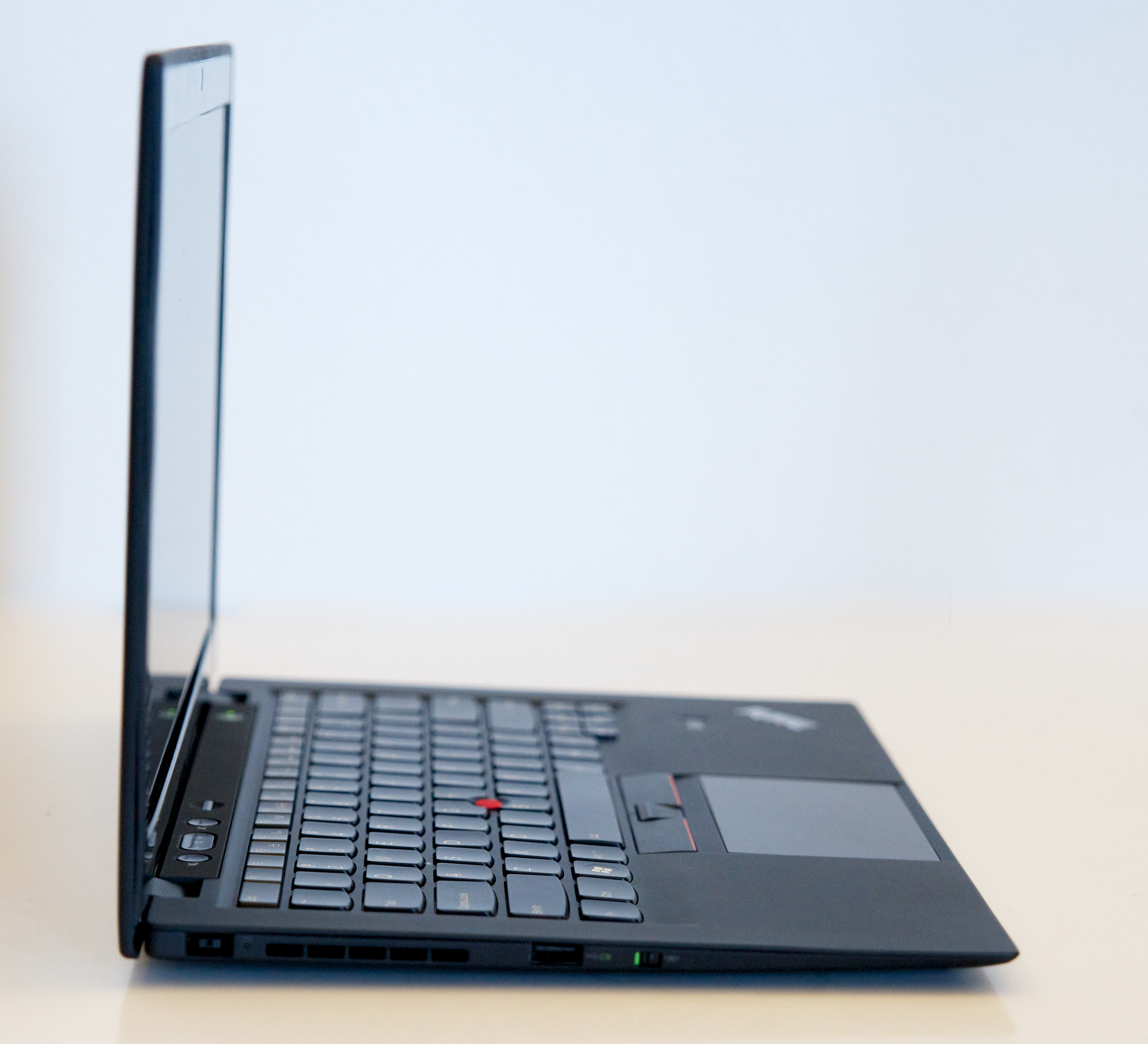 thinkpad-x1-carbon-review 3