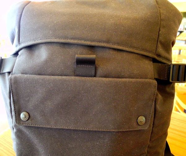 BlueLounge backpack front