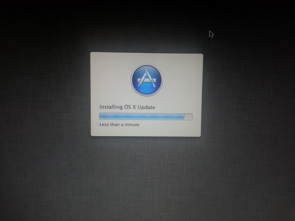 osx 10.8.1 updating my mac.jpg