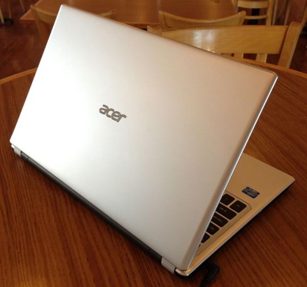 acer aspire v5-571p-6499 back