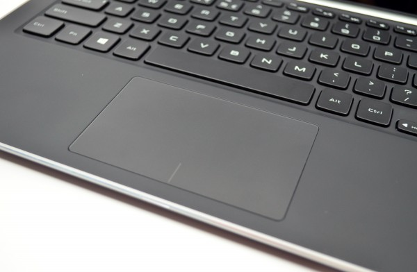 The Dell XPS 13 touchpad performs well, but not perfectly.