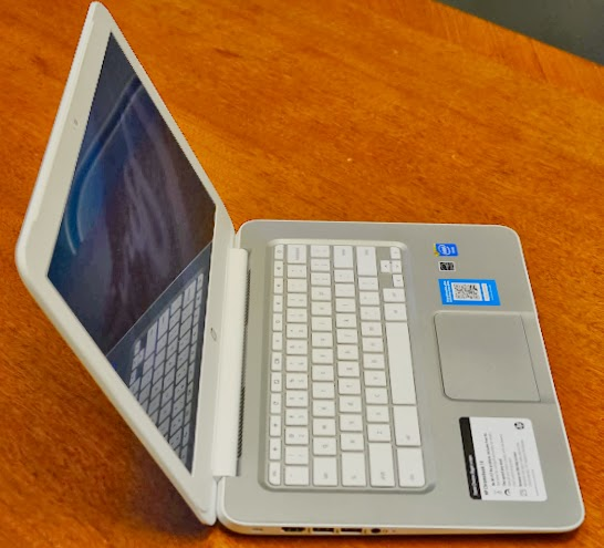 hp chromebook 14 side view