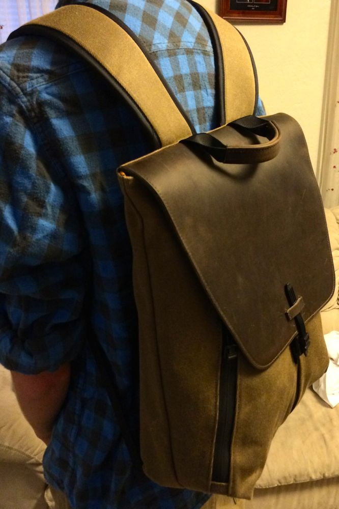 staad backpack two shoulders