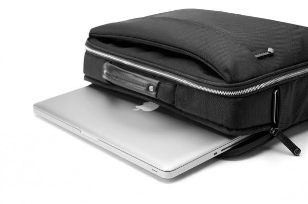 booq boa brief graphite with macbook pro