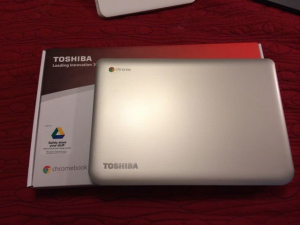 Toshiba Chromebook Unboxing Video