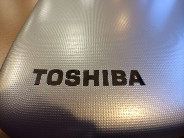 toshiba chromebook textured lid
