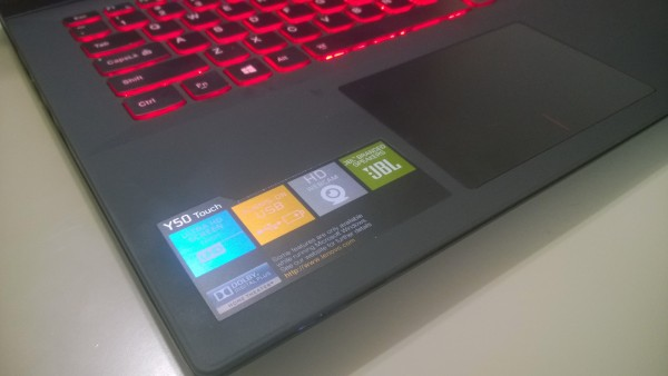 Lenovo Y50 Touch (10)