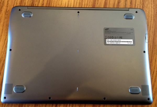 Samsung Chromebook 2 bottom