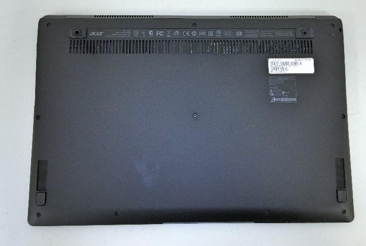 Acer Aspire R13 bottome