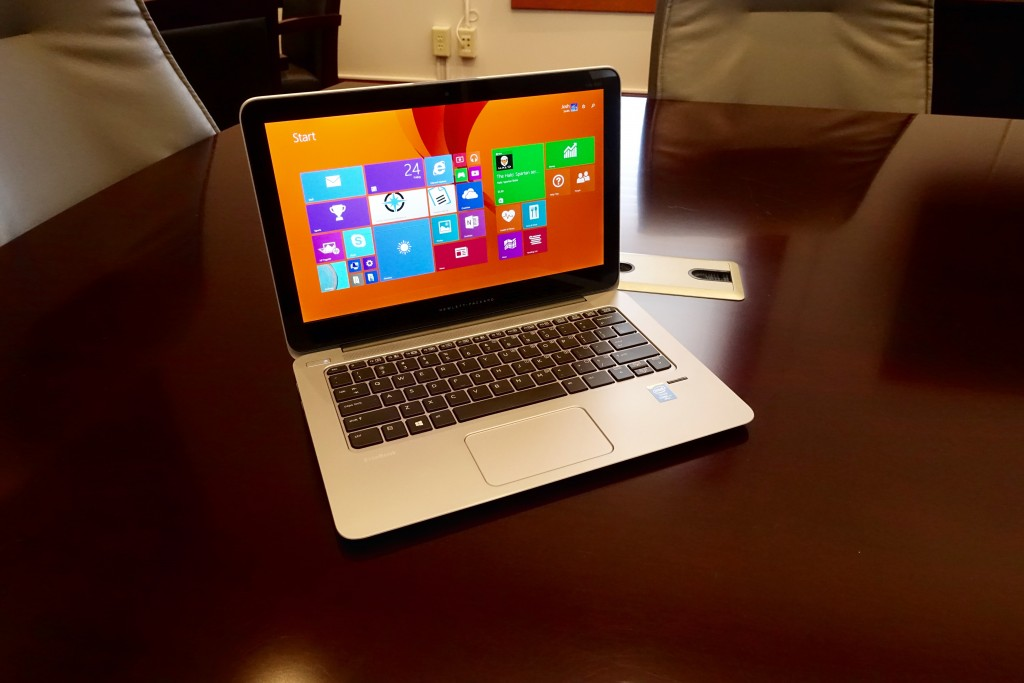 The high-resolution HP EliteBook Folio 1020 display   includes a touch screen.