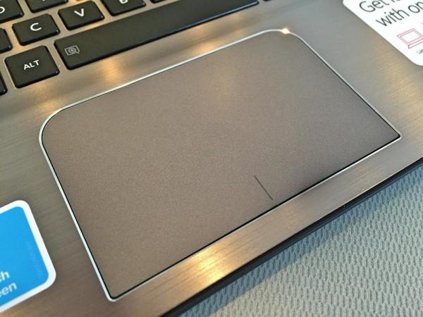 Toshiba Satellite E45W touchpad