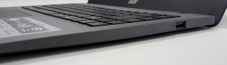 acer aspire one cloudbook 14 right side ports