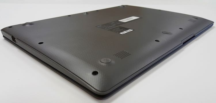 acer aspire one cloudbook 14 bottom