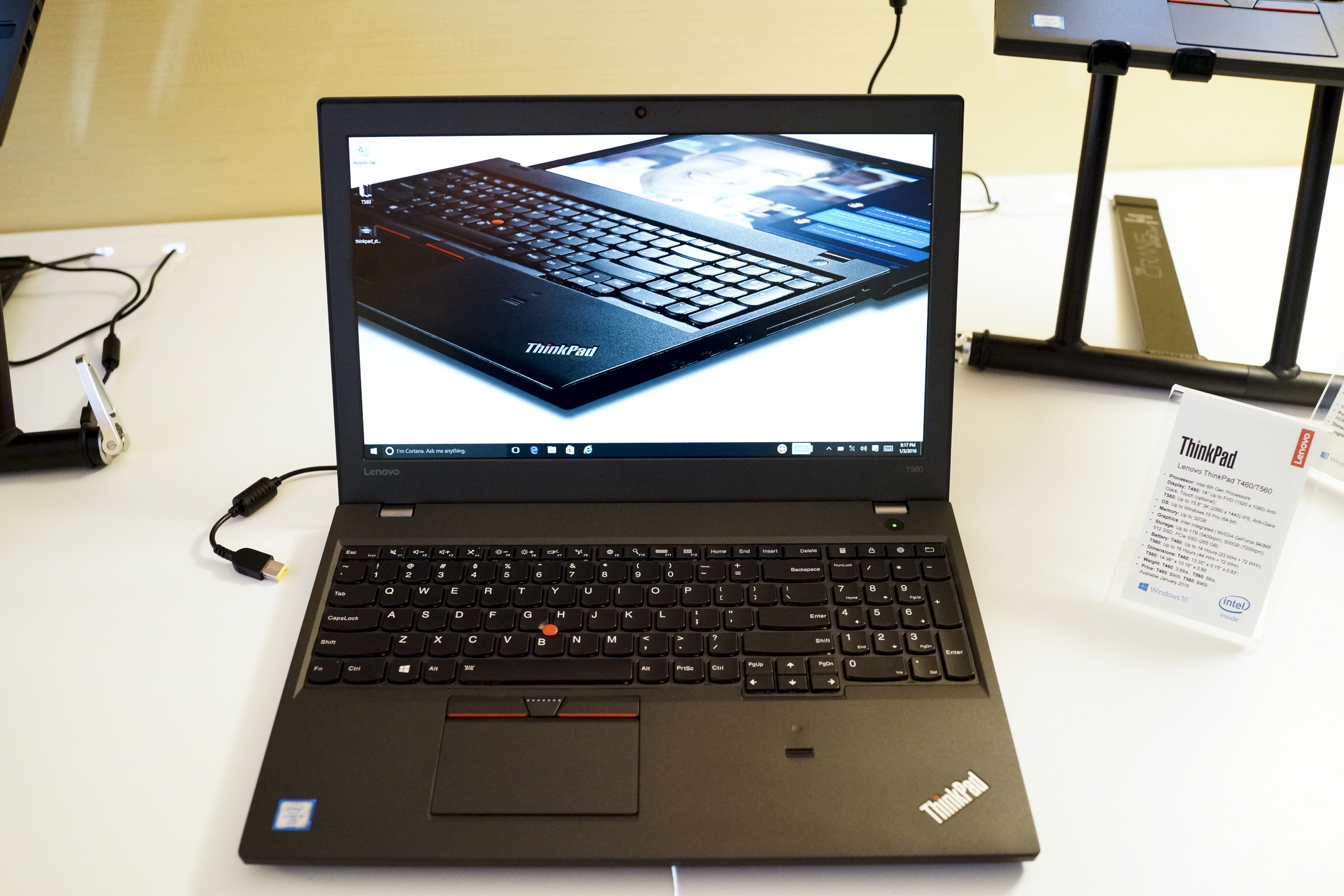 Lenovo ThinkPad X1 Carbon, Updated ThinkPads Announced